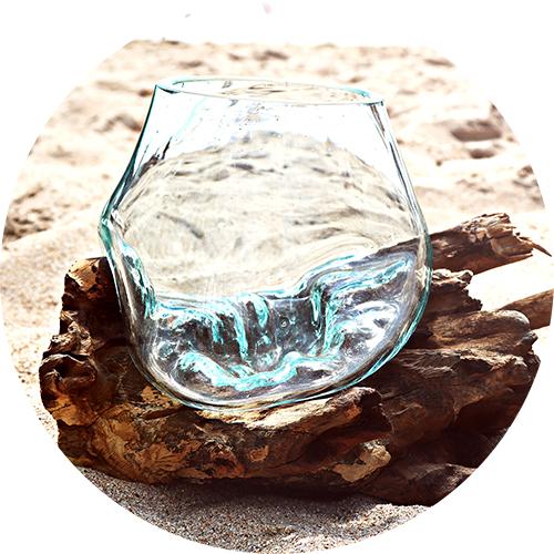 ガラス流木